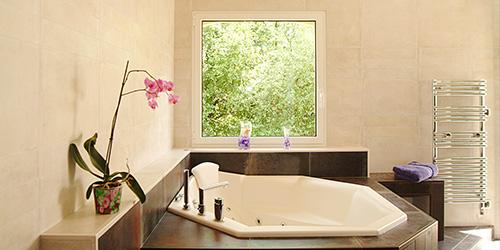 Baignoire balnéo une place Orchidee