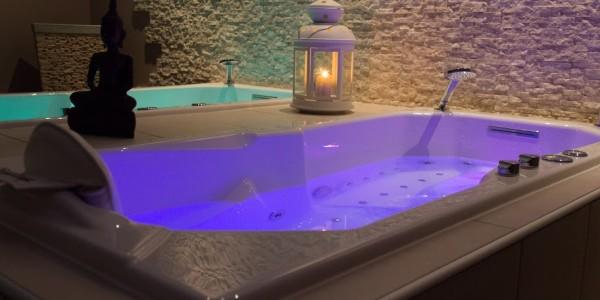 baignoire balneo professionnelle baignoire thalasso. Black Bedroom Furniture Sets. Home Design Ideas
